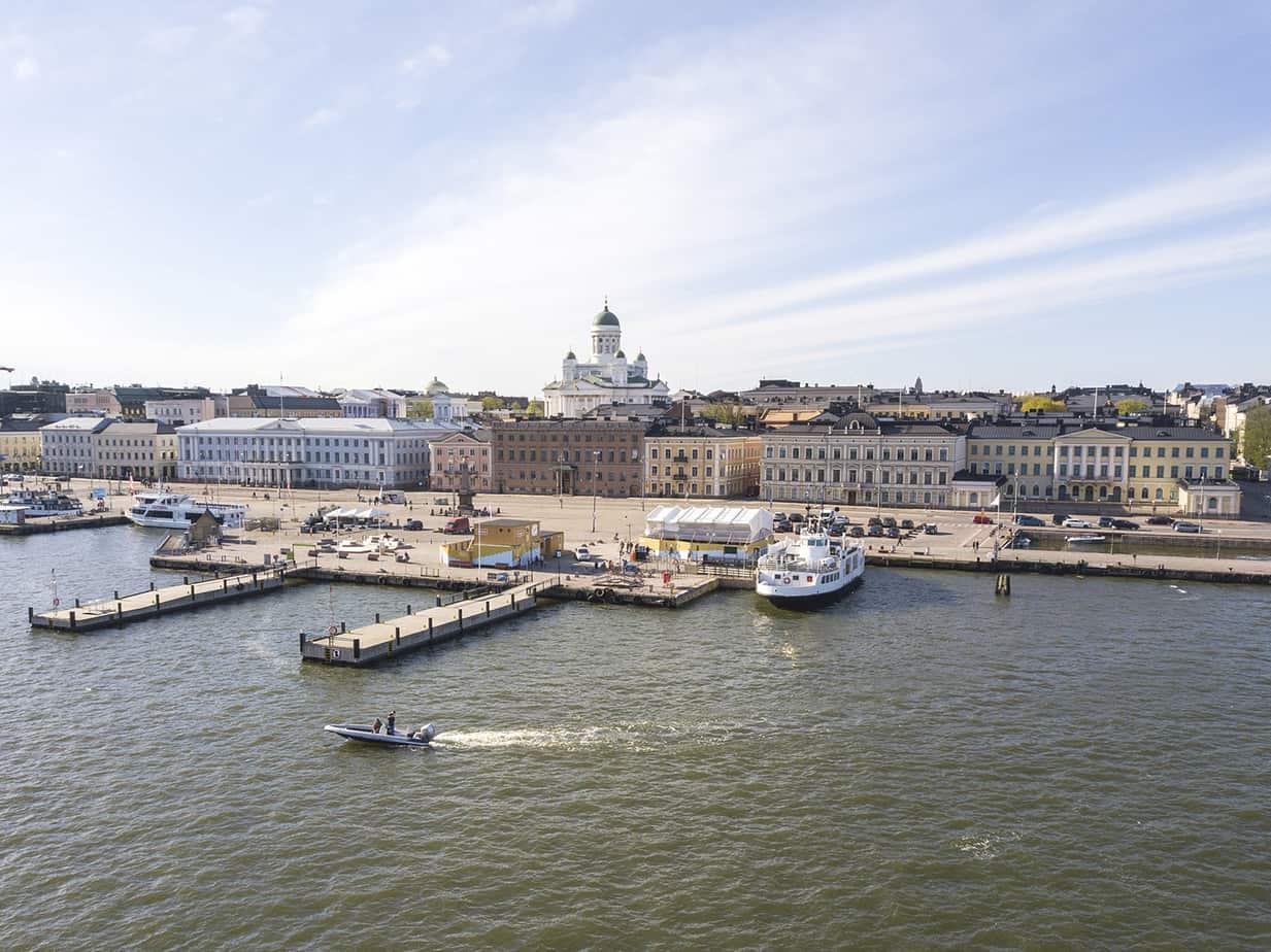 Marjut Uusmäe, kuvia Helsingistä, Kauppatori